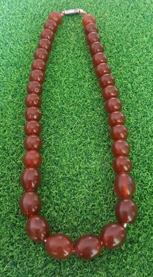 Vintage old Baltic Amber necklace cherry colour butterscotch, 86 grams