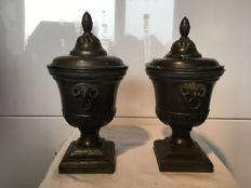 Set pewter chestnut vases with rams heads - 19th century