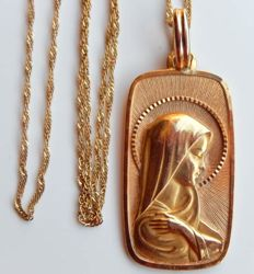 Beautiful medallion of the Virgin 18 kt gold + chain 18 kt gold lot