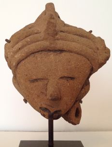 Pre-Columbian pottery head of a dignitary with headdress - Veracruz culture Mexico - 10 cm