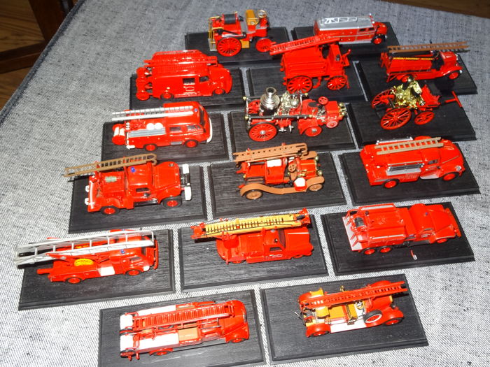 Del Prado - Scale 1/32-1/72- Lot with 16 Fire Department-Models