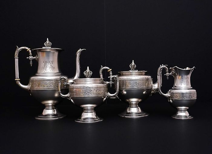Sterling silver 4 piece tea &coffee set with cupids, Italy, '900