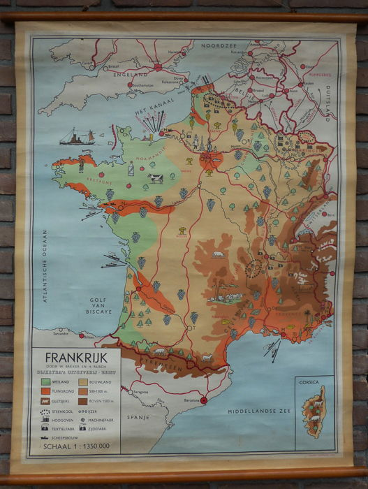 2 Old school maps of France with the wine regions and Germany/Poland