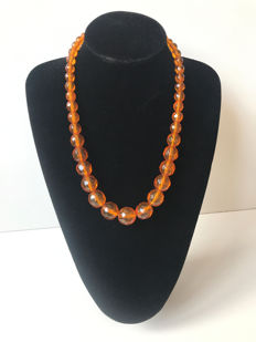 Vintage faceted Baltic Amber necklace, 57 grams