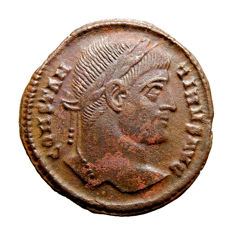 Roman Empire - Constantine I (307 - 337 A.D.) bronze follis (3,88 g 20 mm) from Rome mint (321 A.D.). DN CONSTANTINI MAX AVG. VOT / XX