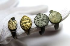 Medieval bronze rings -D18-21 mm (4)