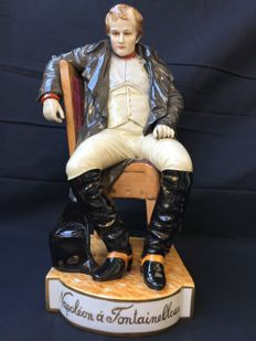 Ginori porcelain for Capodimonte, Napoleon Bonaparte after the defeat in Fontainebleau