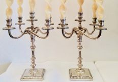 Pair of convertible candelabra, 1 to 5 flames, Italian art