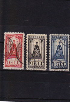 Netherlands 1923 - Anniversary of the Reign - NVPH 129, 130, 131