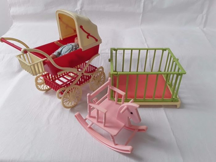 Vintage Toys From The 60s : Collection of vintage toys from the s and
