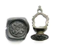 Bronze Decorated Stamp - 18 mm