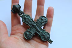 Medieval Bronze reliquary double cross enkolpion with Depiction of Christ and Saints - 102 x50 mm