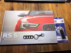 Audi Rs5 book - limited special edition - hardcover with a key chain