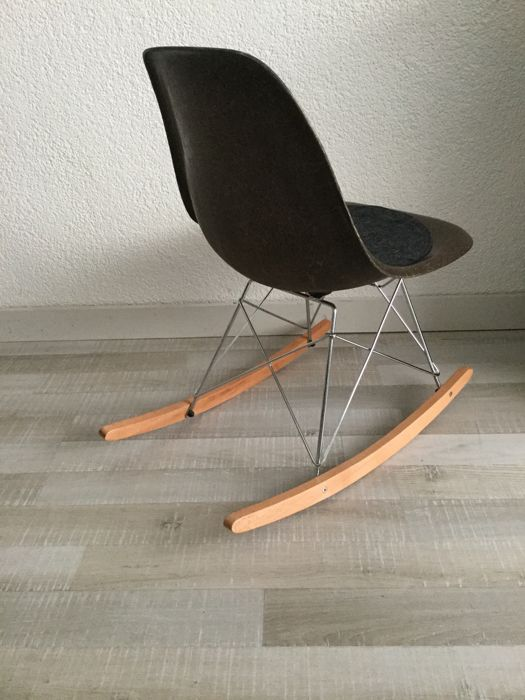 Exceptionnel Charles And Ray Eames For Herman Miller   Rocker Chair Fibreglass DSW Side