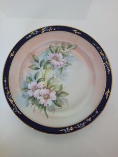 A beautiful set of three antique decorative plates Limoges porcelain, hand decorated