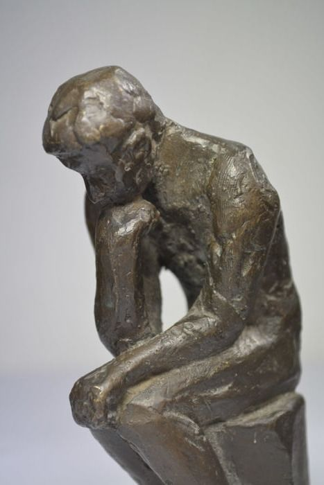 Myron - decorative bronze sculpture inspired on 'the Thinker'