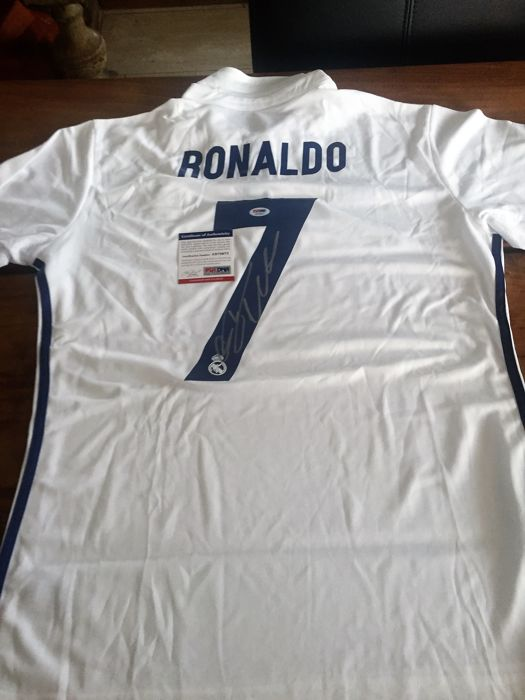 cheap for discount ad735 51aca Signed Cristiano Ronaldo Real Madrid 2016 / 17 Shirt -with ...