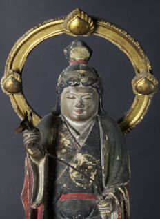 Momoyama Kannon Buddha Carved and polichrome wooden sculpture - Japan - 16th century