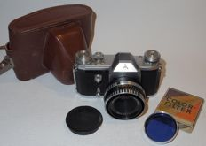 Pentacon F - Single-lens reflex - late 1950s