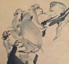 Antique hand-painted scroll painting - 'Monkeys on a tree' - signed - Japan - ca. 1870