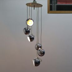 Pendant light with hanging chrome-plated spheres (attributed to Reggiani)