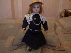 Jumeau Doll 1907 walker