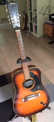 Beautiful vintage 12-string Framus Texan from 1972, together with a skai-leather case