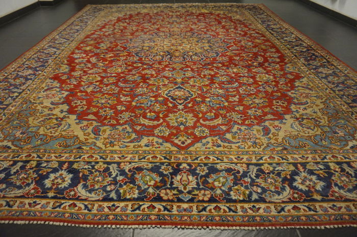 Wonderfully beautiful antique Persian palace carpet, Kashan, great cork wool, made in Iran, 300 x 400cm