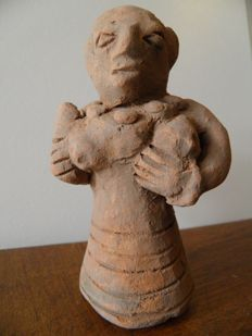 Female figure of the Goddess of Fertility - Height 110 mm