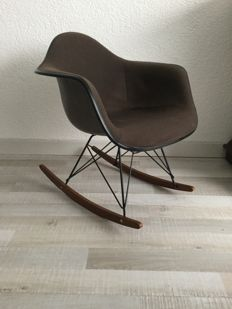 Charles and Ray Eames for Herman Miller - Rocker chair fibreglass RAR