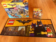Batman the movie - 70909 + display 70900 + Billboard