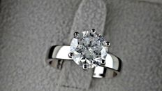 2.15 ct  round diamond ring made of 14 kt white gold - size 7
