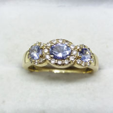 A Vintage 0.8 cts approx Tanzanite and 0.25 cts Diamond 14K Gold Ring