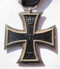 "German original medal: Iron Cross 2nd class by the rare maker ""???"" - WW1"