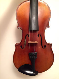 Old German violin 1930