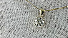 1.01 ct round diamond pendant in 14 kt yellow gold *** NO RESERVE PRICE ***