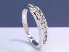 gold alliance diamond ring - Size: 51 - NO Reserve!