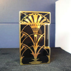 Dupont lighter, line 2; American art deco, gold plated, Chinese lacquer