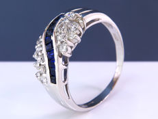 0.52 Ct diamond & sapphire ring - Size 57 - NO Reserve!