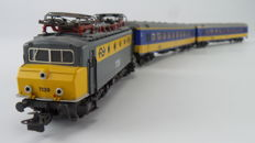 "Märklin H0 - 3324/4164/4165 - Electric locomotive 1100 Series ""Botsneus"" with two ICR carriages of the NS"