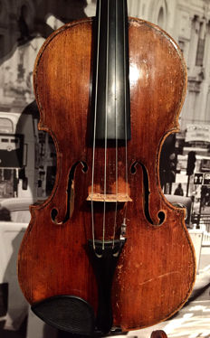 Very old violin, labelled Augustinus Chapuy