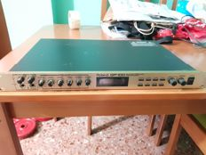 Roland GP-100 multi-effects processor