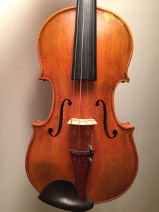 Amazingly beautiful German violin 1930-1950
