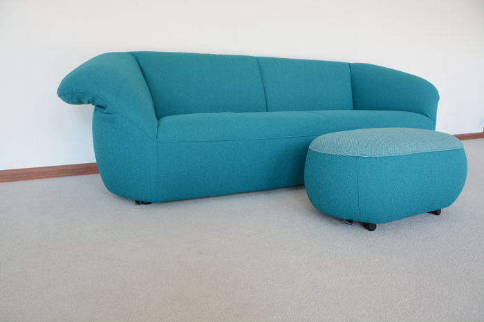 Müller and Wulff for Leolux - showroom model sofa Gynko with matching ottoman