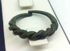 Early medieval bronze Viking twisted rings - 19 mm