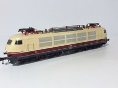 Fleischmann H0 - 4375 - Electric locomotive BR 103 142-6 of the DB