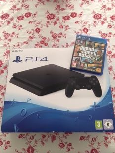 Playstation 4 - 500GB boxed including GTA 5