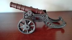 Cast iron cannon