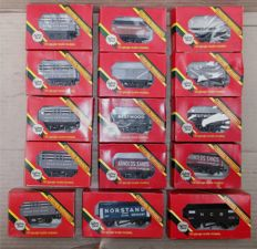 Hornby 00 - R.096, R.097, R.101, R.102, R.208, R.211, R.217, R.220 - 15 x Plank, cokes, steenkool en minerale Open Wagons