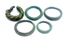 Early medieval 5 bronze Viking twisted rings -12, 13, 18, 18, 20 mm - (5)
